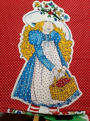 BEAUTIFUL HOLLIE HOBBY on RED QUILT PANEL VINTAGE FABRIC AMERICAN GREETINGS