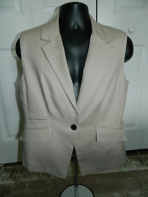 Apostrophe Tan Careers Single Button Fitted Vest Size 14, 98% Cotton 2% Spandex Single Button Vest