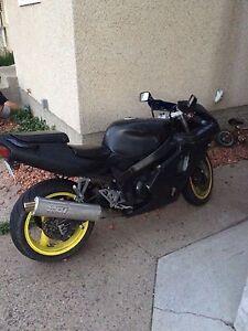 2000 Kawasaki Ninja ZX7R