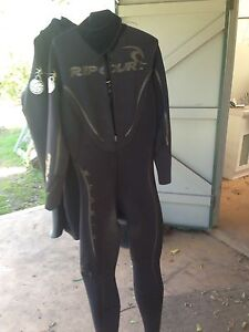 Rip curl steamer wetsuit Bulli Wollongong Area Preview