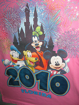 WOMENS PINK DISNEY SHORT SLEEVE T-SHIRT  size  small  CHARACTER GRAPHICS