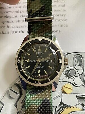 Vintage 70's SICURA Swiss Made Gents Divers Watch.