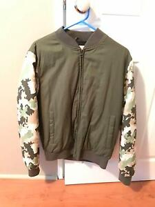 BELLFIELD Camo Jacket - Size (M) Iluka Joondalup Area Preview