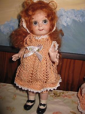 Kestner Googly Porz. 20 cm in gestricktem Kleid mit roten Haaren Repro