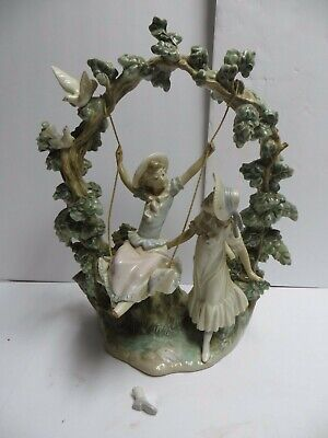 Lladro 1366 Girls In The Swing Statue Figurine READ