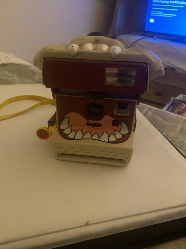1999 Polaroid Taz Looney Tunes Tazmanian Devil Instant 600 Camera W/Strap