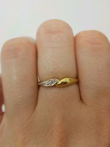 18ct Two Tone gold Diamond Ring