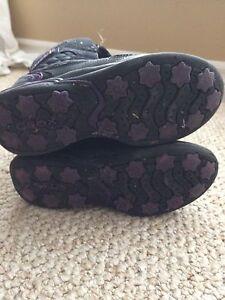 Girls Winter Footwear Belleville Belleville Area image 3