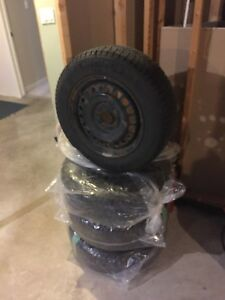 Michelin 195/65R15 winter tires (WITH RIMS)