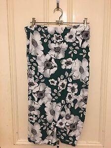 ASOS Plus Size Floral Stretchy Skirt Ermington Parramatta Area Preview
