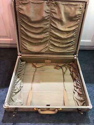 "Very Rare Vintage Samsonite suitcase 21"" x 18"" x 9"" beige color interior"