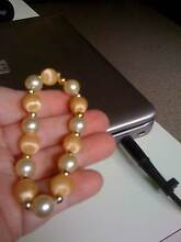 BNEW APRICOT&CREAMY PEARL BRACELET+BLUE NECKLACE&BRACELET Kotara Newcastle Area Preview
