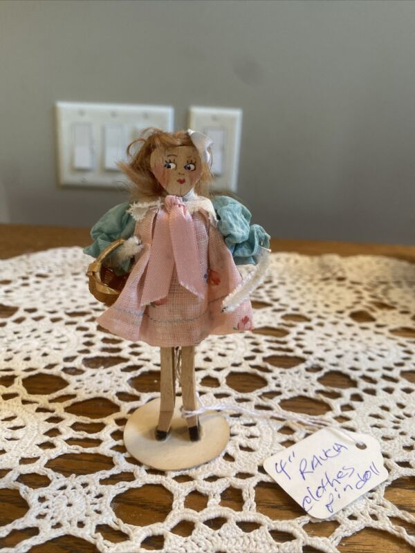 """Doll 4"""" Ravca Clothespin Doll"""