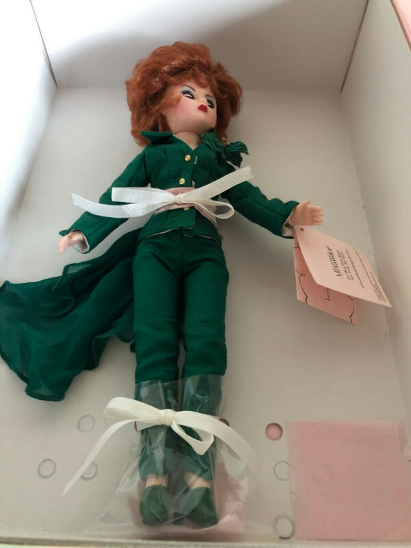 """Bewitched Endora Agnes Moorehead Madame Alexander Doll 40125 10"""" - MINT & RARE"""