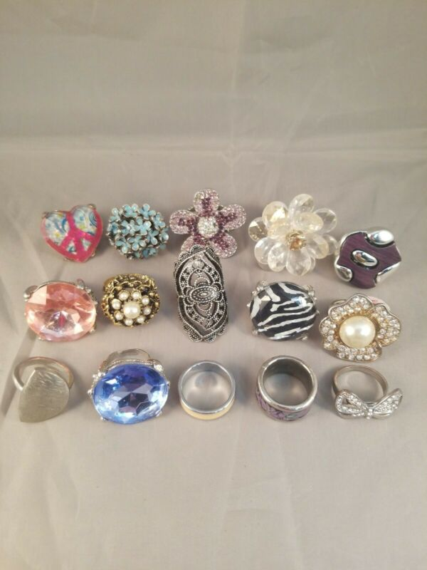 Lot of 15 Fashion Costume Jewelry Rings FOR WEAR HARVEST HOMESCHOOL OR PLAY 4.2