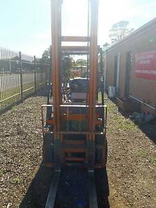 Forklift: TOYOTA 15 - 1.5 ton lifting capacity, 5M height lift Romsey Macedon Ranges Preview