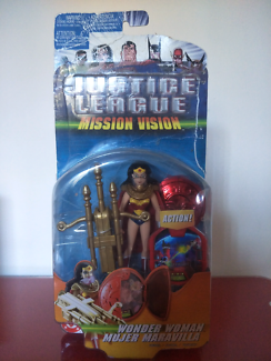 Wonder Woman Figurine