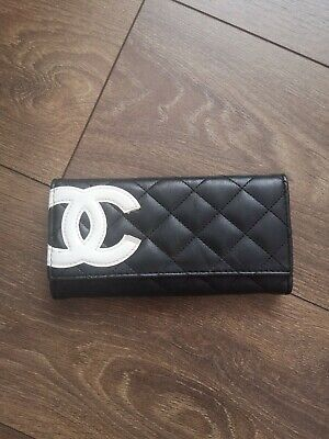 Designer Inspired Black And White Quilted Purse