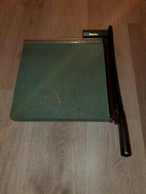 Vintage Premier Brand Heavy Duty Photo Materials Co. 13 Inch Paper Cutter