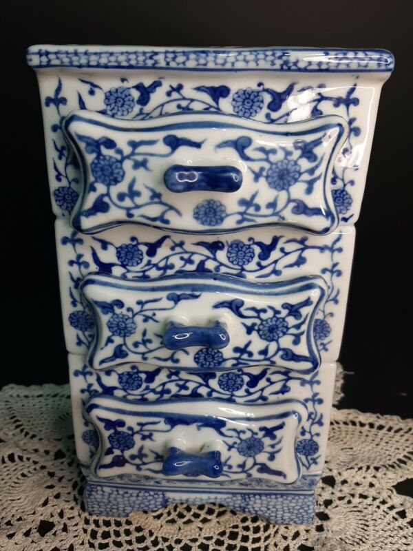Vintage Blue & White Porcelain Spice Chest/Trinket Box 8.5 in tall 3 drawers