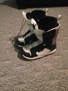 Snowboard boots!!!!