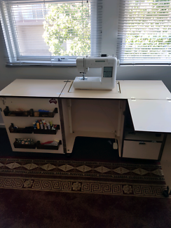 Sewing machine &Cabinet