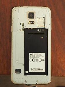 Samsung Galaxy S5 for Spare parts Port Kennedy Rockingham Area Preview