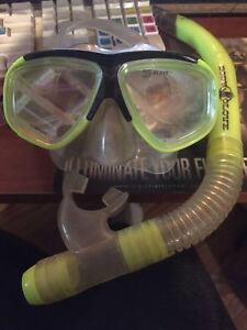Body Glove Mask and Snorkel