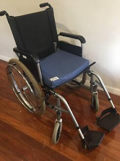Collapsible Push Wheelchair