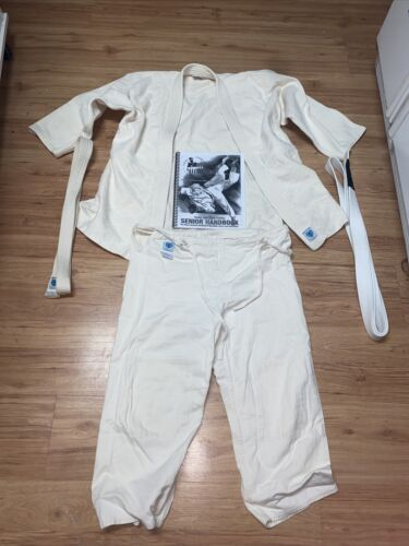 United States Judo Association Karate Gi Uniform Size 2 - $13.50