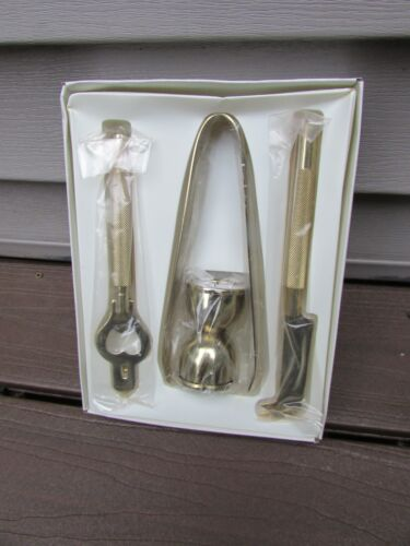 MID CENTURY GOLD CULVER FIFTH AVENUE NEW YORK 4 PC. BAR TOOL SET 089 NEVER USED
