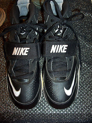 NIKE black and white leather football shoes in excellent condition 9.5M