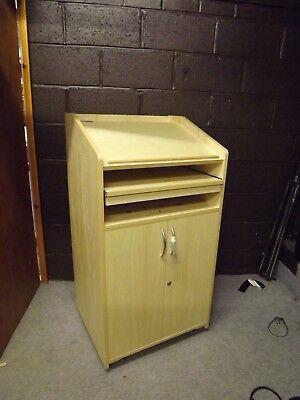 PA 10 Lectern A high quality, single width AV lectern with a 15U cupboard