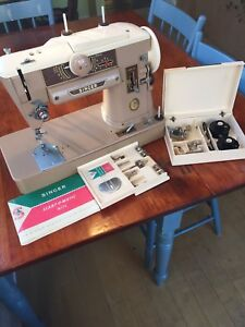 Singer 401 heavy duty sewing machine
