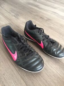 Girl soccer cleats