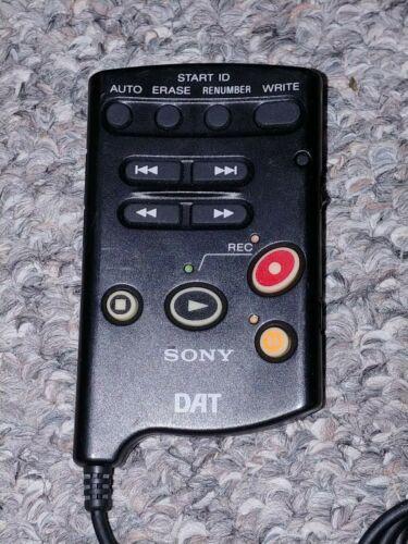 Sony RMT-D7 Digital Audio Tape DAT Remote for TCD-D7 TCD-D8