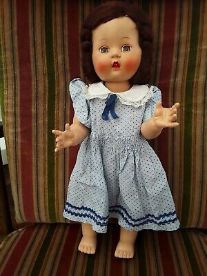 Vintage Rosebud walking doll Brunette 14""