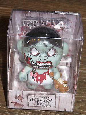 ween Horror Nights HHN 24 Zombie Vinyl Figure UniMinis (Halloween Horror Nights Zombie)