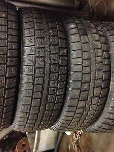 Four 225/70R16 Cooper Discoverer M+S