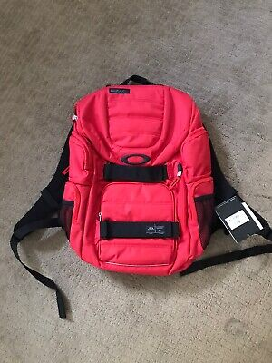 New Oakley Enduro 30L 2.0 Travel Skateboard Red Bag Backpack New