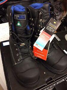 Dakota 557 Waterproof Vibram steel toe composite plate Work Boot