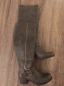 Cute Knee-High Boots - Size 7 / 37.5