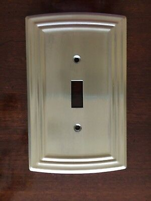 LIBERTY CLASSICAL SINGLE SWITCH TOGGLE SATIN NICKEL WALL PLATE FREE SHIPPING