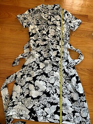Banana Republic Black White Floral 100% Silk shirt dress Size 8