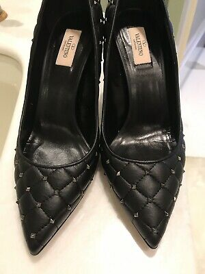 - Valentino Womens Black Quilted Pumps size 41 1/2