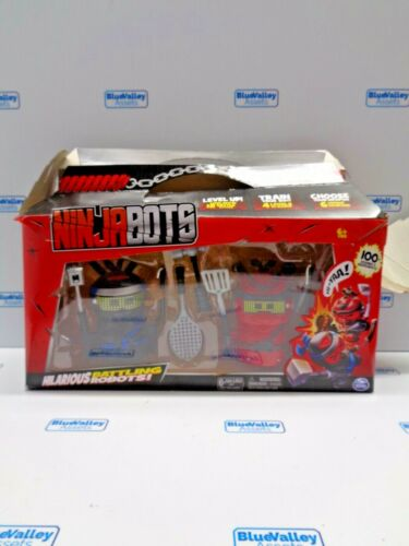NINJA BOTS BATTLING ROBOTS W 6 WEAPONS, NEW *DAMAGED BOX*
