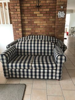 Lounge suite 1x2 seater and 1x3 seater