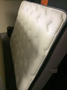 REDUCED- Double mattress and box spring  London Ontario image 2