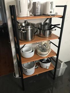 Shelf - in excellent condition