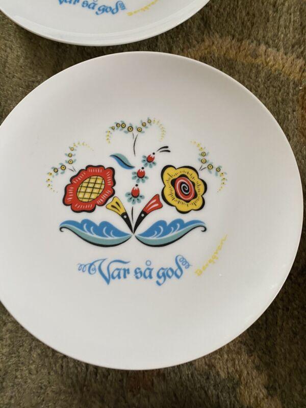 """Mid Century Vintage Berggren Porcelain Var Sa God Salad Plate 7.5"""" Set Of 8"""